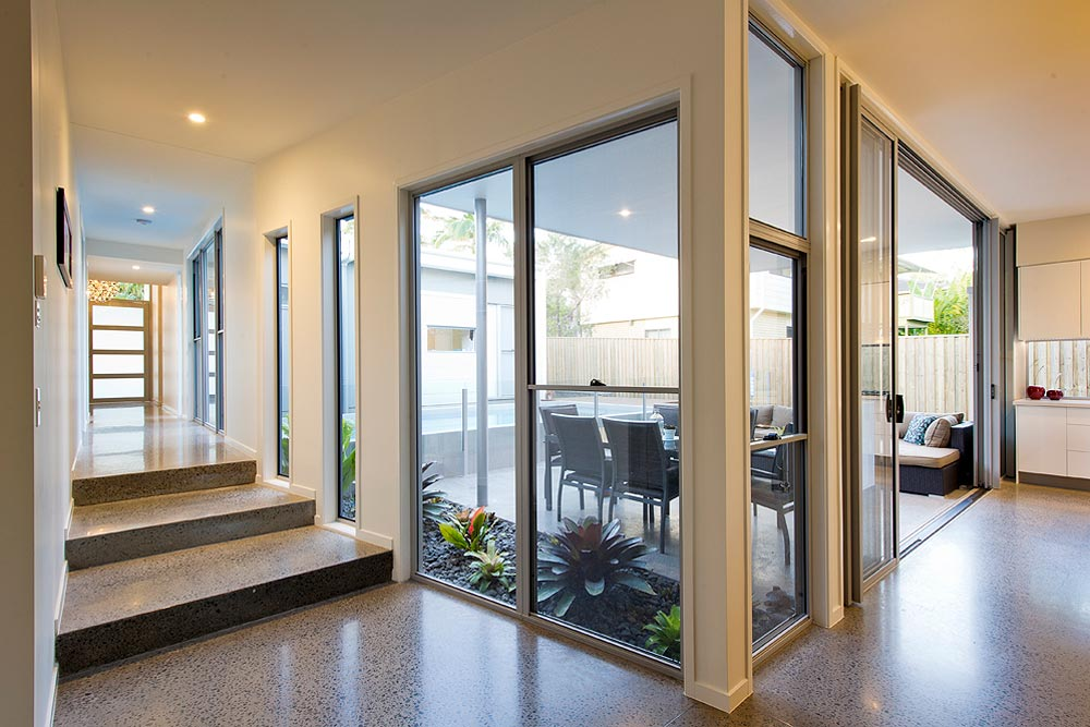 aluminium synergy double hung windows for home or office room